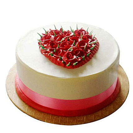 Desirable Rose Cake 1kg:Send New Year Cakes to Patna
