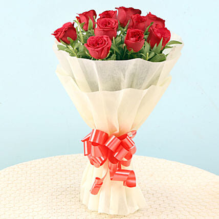 Beautiful Bunch of Red Roses Online:Send Flowers to Almora