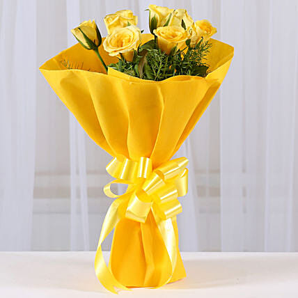 Enticing 8 Yellow Roses Flowers Gifts:Teachers Day Gifts