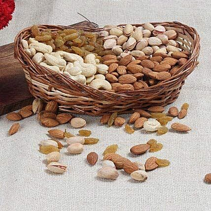 Mixed dry fruits:Send Gift Hampers