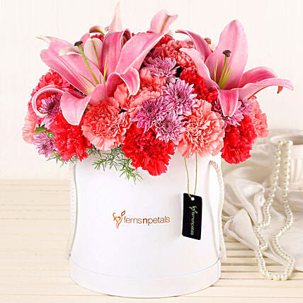 Online Lilies And Carnations Box