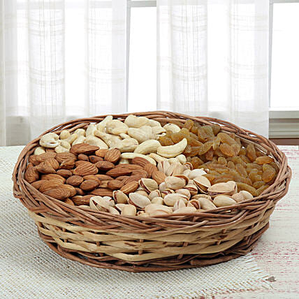 Mixed dry fruits:Send Gift Hampers for Family