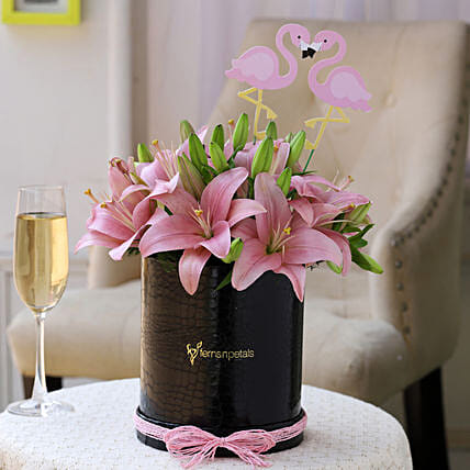 Romantic Flower Arrangement Online:Flowers In box