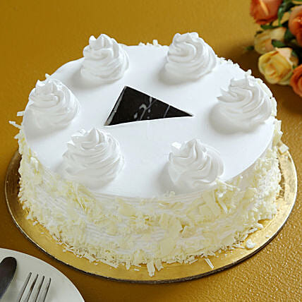 Flavourful White Forest Cake