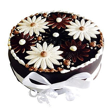Floral Cake 1kg:Send Cakes to Alwaye