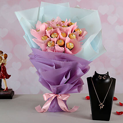 Ferrero Rocher Bouquet n Necklace for Her