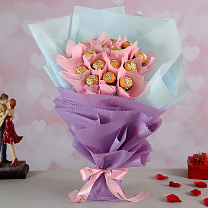 Ferrero Rocher Bouquet for Her:Send Chocolate Bouquet