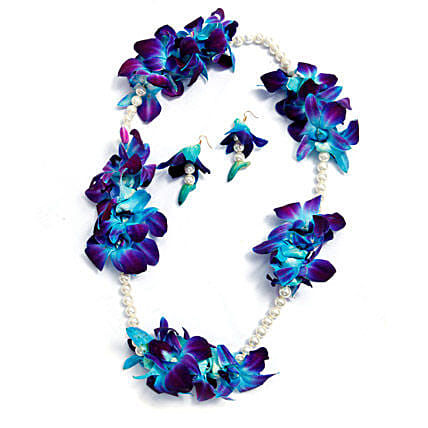 Set of Floral necklace and earrings with blue orchids and white pearls:Flower Jewellery