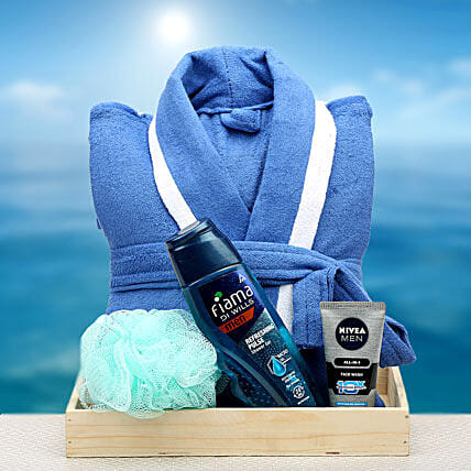 Bathing essentials:Anniversary Gift Hampers