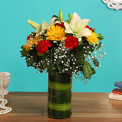 flowers for her online:Flower Arrangement In Vase