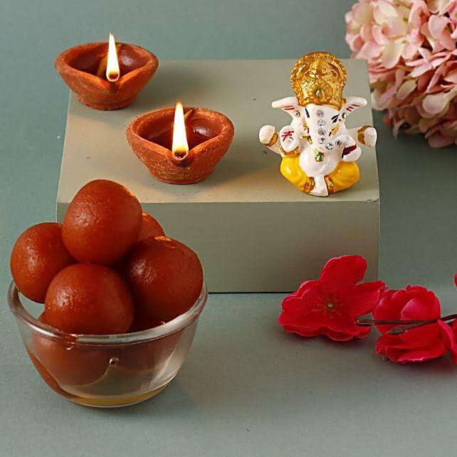 Gulab Jamun & 4 Clay Diyas Combo