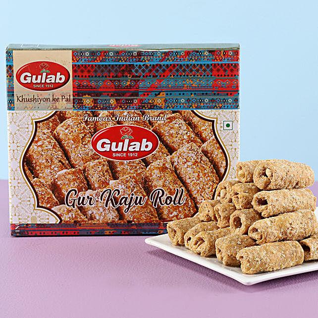 Gur Kaju Roll Box