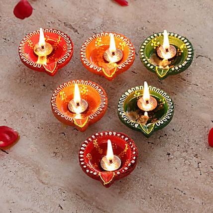 Colorful Set of Diwali Diyas Online:Diwali Gifts Hyderabad