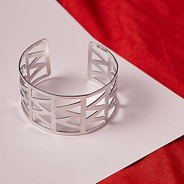 Stunning Bracelet in Silver Online