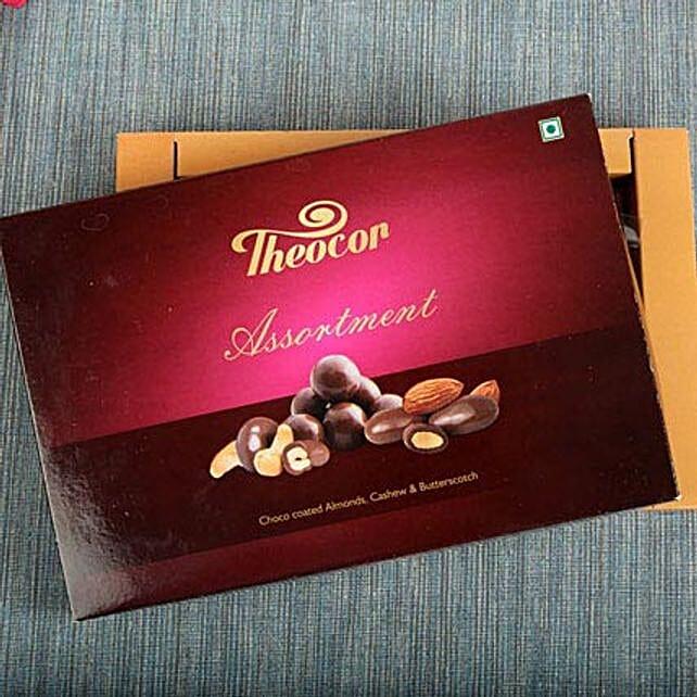 Dry Fruit Chocolate Box