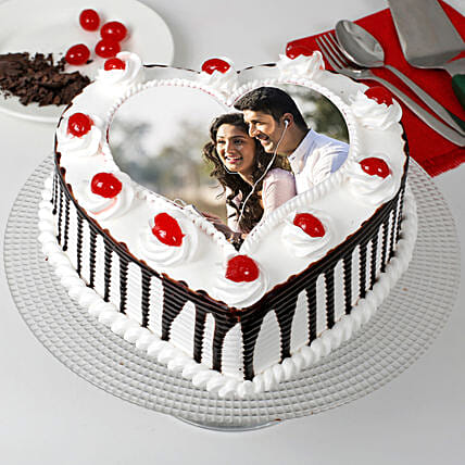 Heart Shaped Personalised Photo Cake:Send Photo Cakes