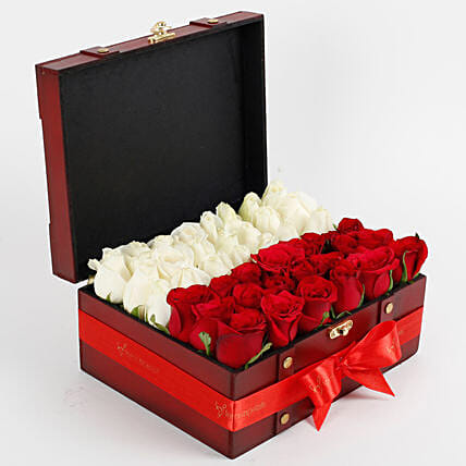 Heaven of roses in Box