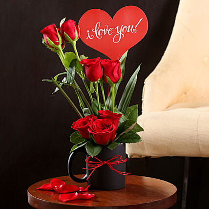 Buy Online Red Roses:Hug Day Gifts