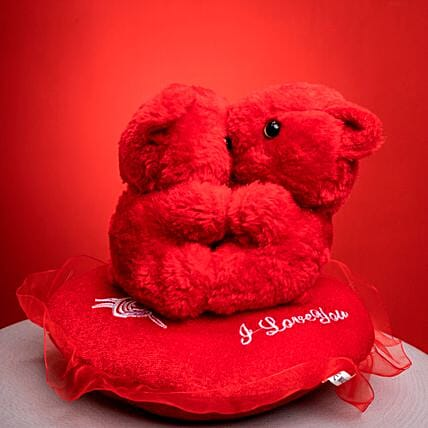 Kissing Teddies With Heart