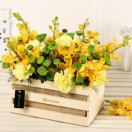 Online Yellow Flowers Basket:Mixed Flowers