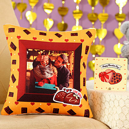 Love Bites Cushion Table Top Combo