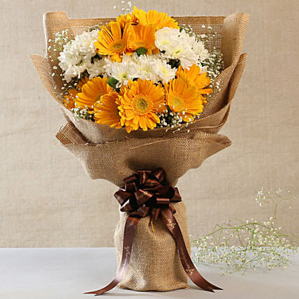 Lovely Yellow White Flowers Jute Bouquet