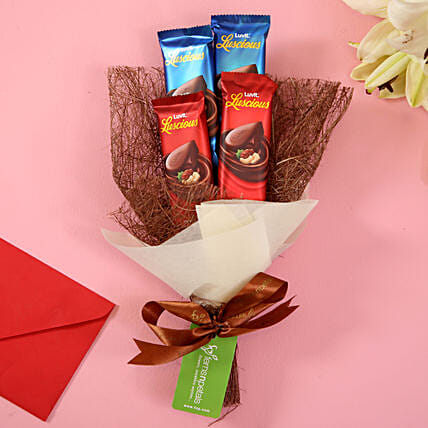 chocolicious bouquet for her:Luvit Chocolates