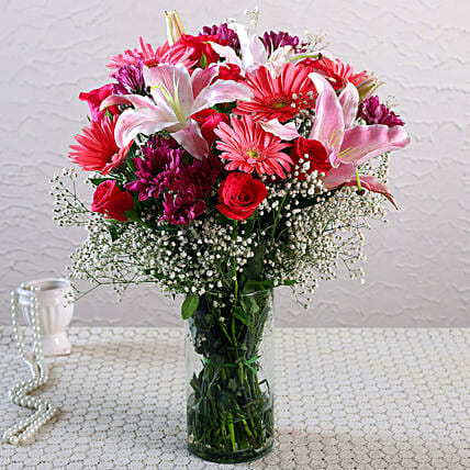 Magic Of Love Floral Arrangement:Flower Arrangement In Vase