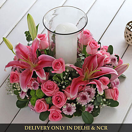 attractive flower in wooden tray:Flagship Collection
