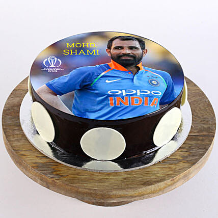 Customised cricket cake online:Cricket World Cup Gifts