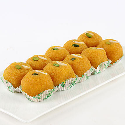 A box of motichoor laddoo sweets:Gifts for Lohri