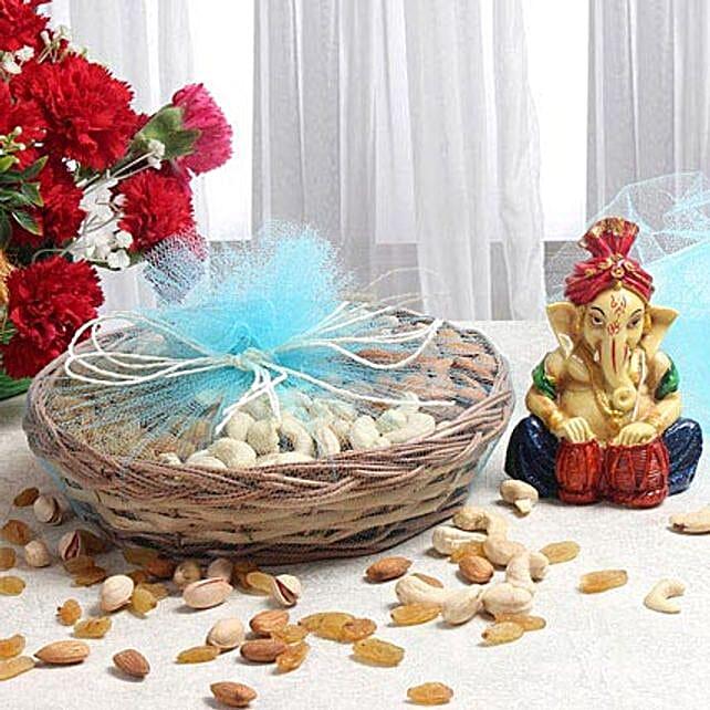 Dry fruits with ganesha combo