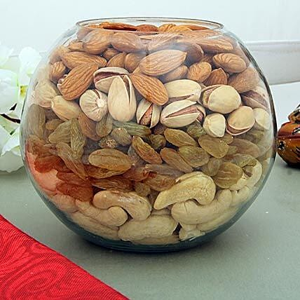 Mixed dry fruits in a glass bowl:Karva Chauth Sargi Gifts