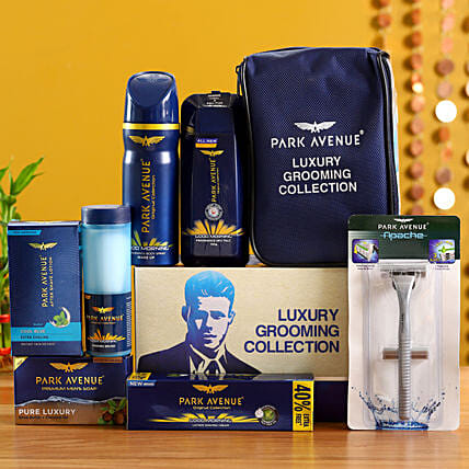 Men grooming and shaving hamper:Send Gift Hampers