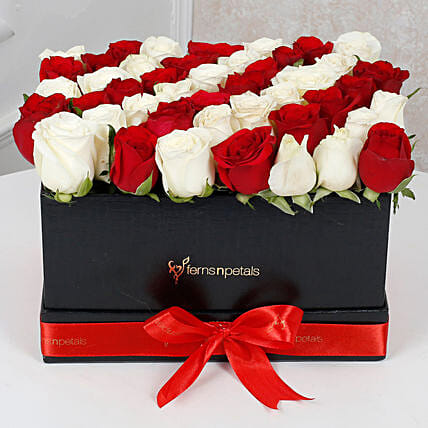 Red N White Roses Arrangement