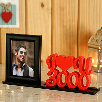 Table Top with Photo and Heart Online:Personalized Photo Frames