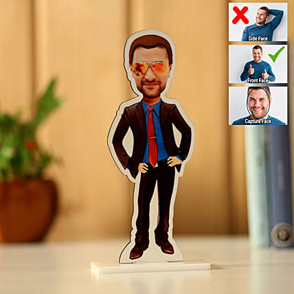 Online Personalised Man Caricature:Personalised Caricatures