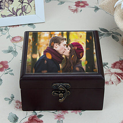 Personalized brown box