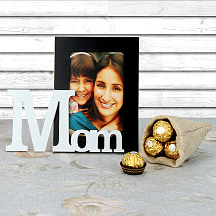 Mothers Day combo of personalized photo frame and chocolates