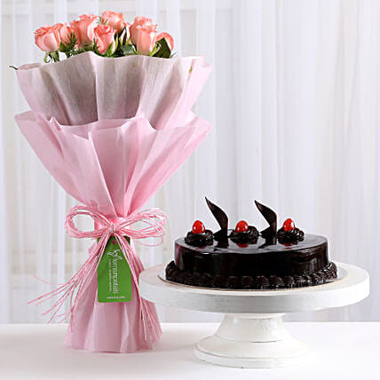 Pink Roses with - Bouquet of 10 pink roses with in paper packing and 500 grams of truffle gifts:Cakes Combo