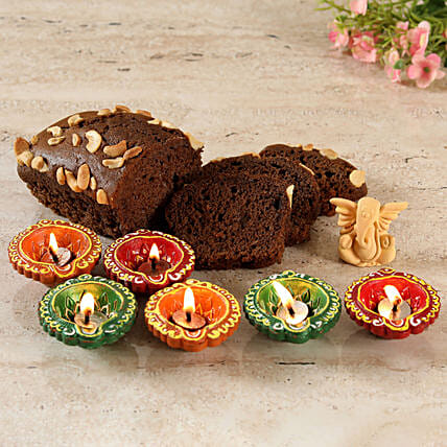 Plum Dry cake, Diya & Ganesha Gift Combo