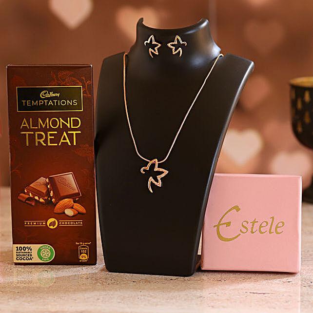 Online Pretty Necklace Set