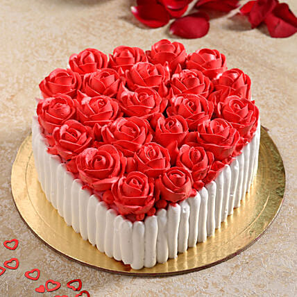 Pretty Roses Black Forest Cake:Rose Cake