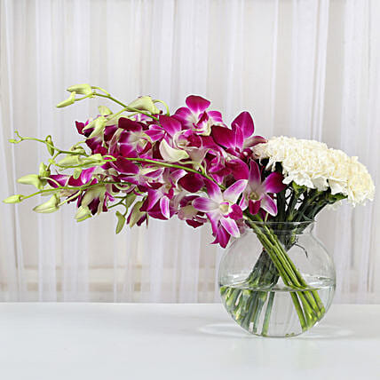 Orchids and carnations arrangement