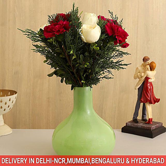 floral arrangement décor