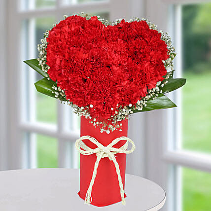 Heart Shape Rose Arrangement:Heart Shaped Flowers