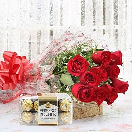 Chocolate Delight With Roses Bouquet