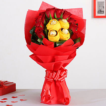 Red Roses Bouquet With Ferrero Rocher Chocolates