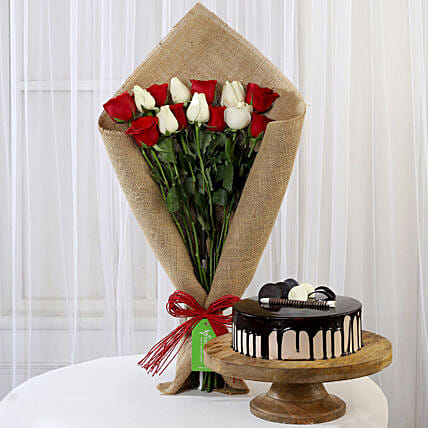 Red and White Roses Bouquet and Choco Cake Online