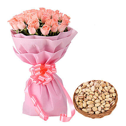 Combo of pink roses bunch and dry fruits